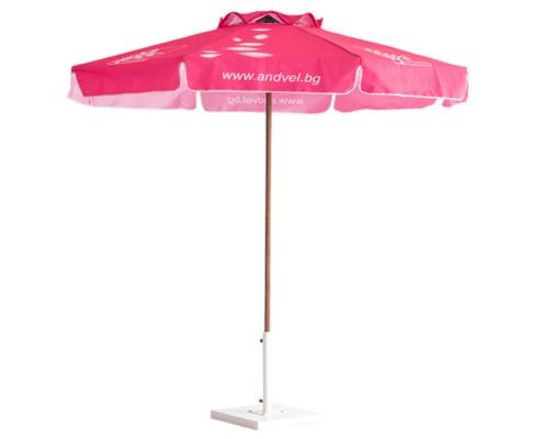Wood_umbrellas_f2.5_f40